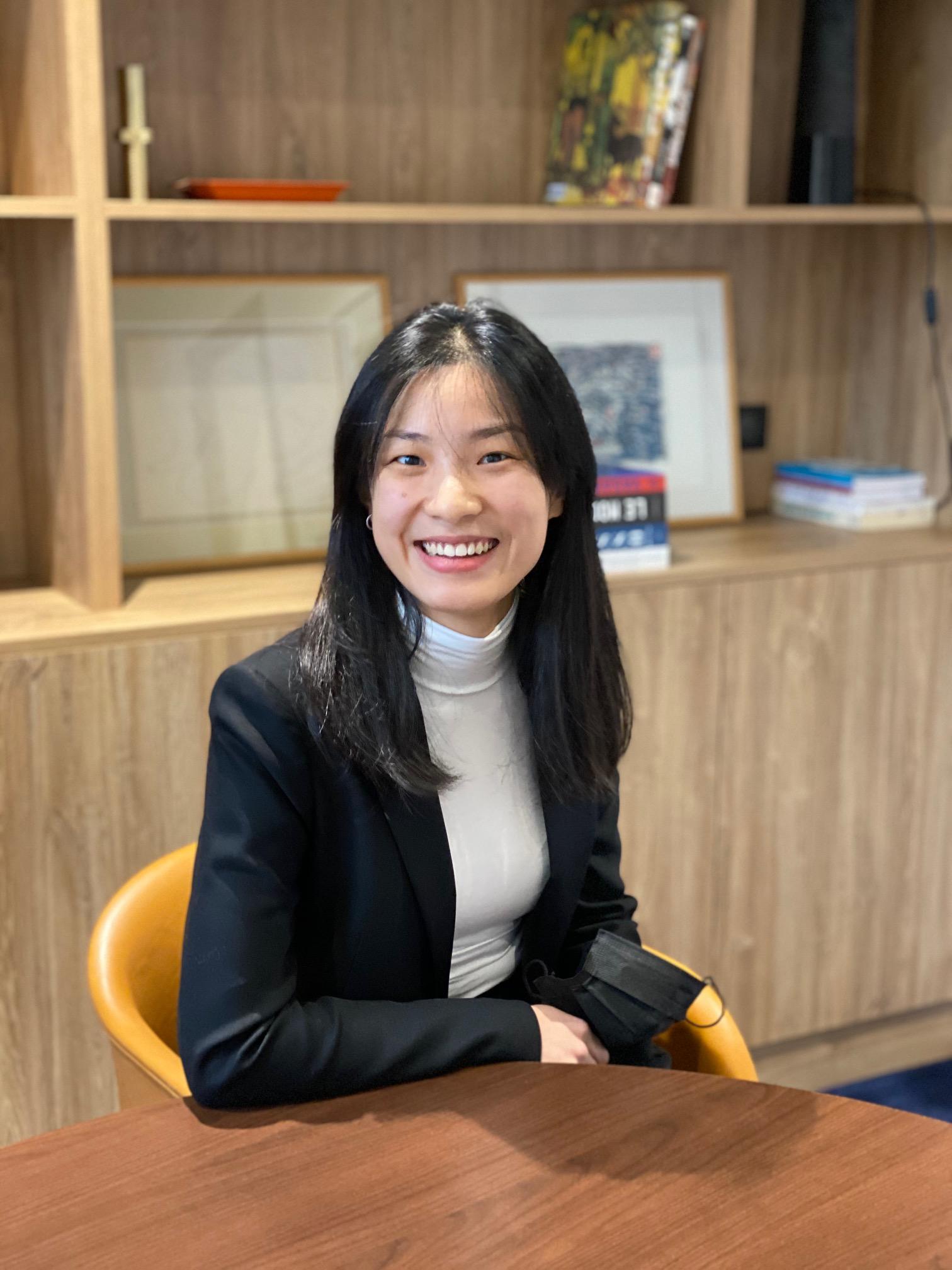 Cécile Zhang / Photo de profil
